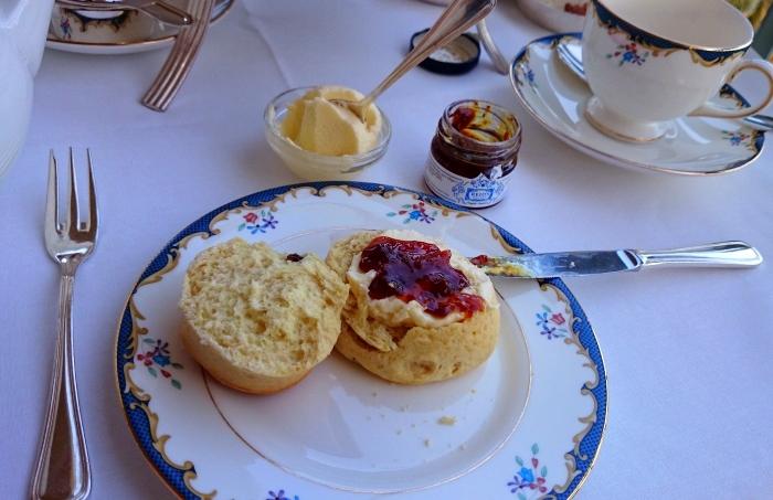 afternoon_tea_reids_madeira_03