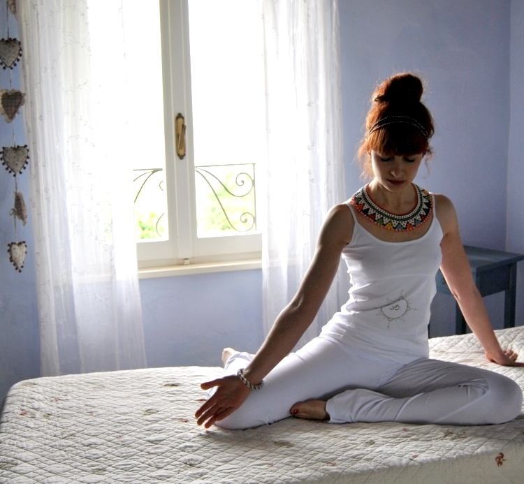 yoga_outfit_white_03