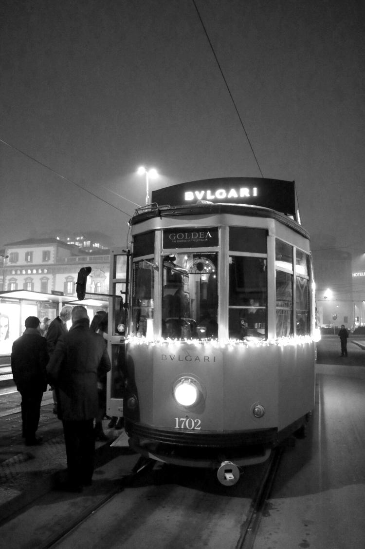 Tram_goldea_milano_bulgari_11