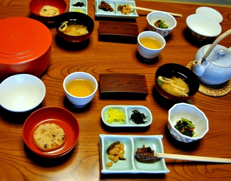 19_temple_lodging_koyasan