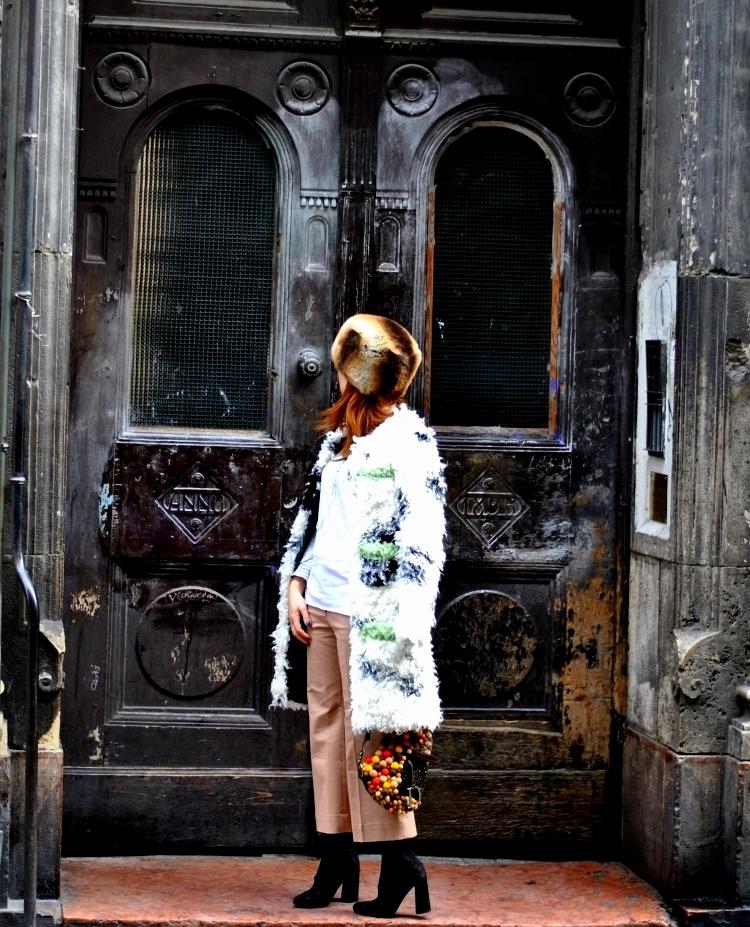 04_le_babe_shoes_shrimps_coat_outfit