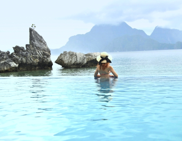 In the mood for love travel gourmet lifestyle culture luxury fashion - Small infinity pool ...